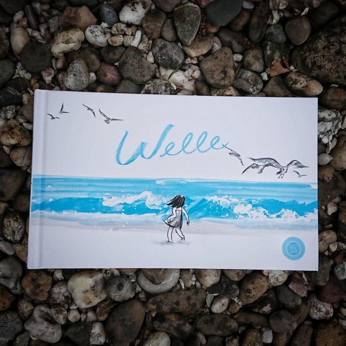 Ein Bilderbuch ganz ohne Text: Die Welle von Suzy Lee